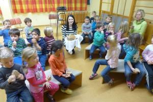 Bartz MdB Vorlesetag in Neumarkt St_Veit
