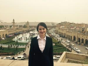 Julia Obermeier MdB über den Dächern von Erbil